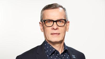 Janne Yli-äyhön potretti.