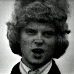 Pepe Willberg laulaa