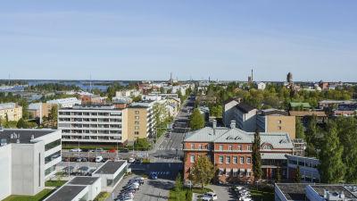 Vasa stad fotat högt uppe under sommartid.