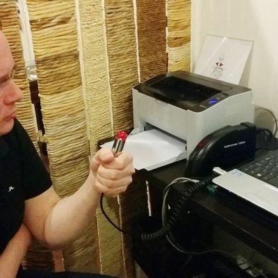 Kuningaskuluttajan toimittaja Lauri Miettinen kävi HCA-mittauksessa.