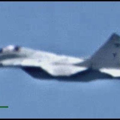 Yhdysvaltojen armeijan välittämä kuva venäläiskoneesta Libyassa.