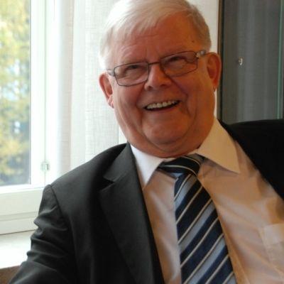 Emeritusprofessori Risto Harisalo.