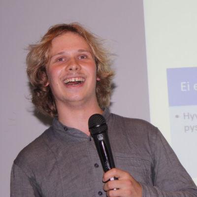 Osallistuvat Nuoret 2013 ry:n Joel Linnainmäki