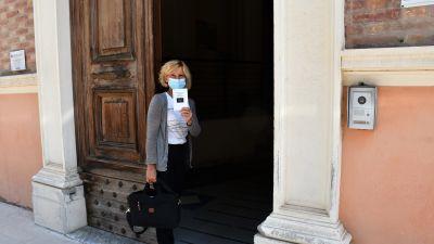 Vittoria Crocetti undervisar i italienska och historia och fick sin första vaccinspruta redan i april tillhörande en av de första yrkesgrupperna i landet som vaccinerades