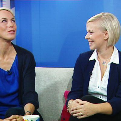 Baba Lybeck (vas.) ja Kirsi Ståhlberg.