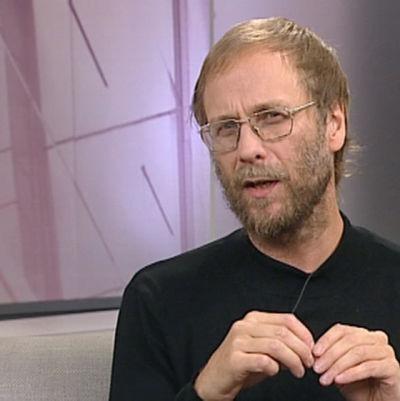 Kirjailija Risto Isomäki 2009.