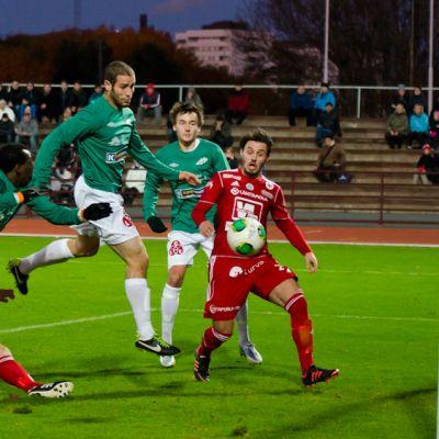 FC Jazz och Ekenäs IF spelade oavgjort i första kvalmatchen i Björneborg.