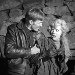 Tarja Nurmi esittää Eevaa elokuvassa Jengi.
