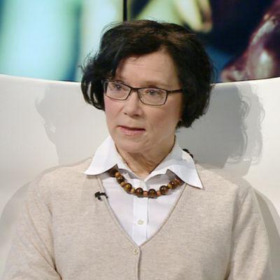 Gerontologian professori Marja Jylhä Tampereen yliopistosta oli A-studion vieraana 16. maaliskuuta.