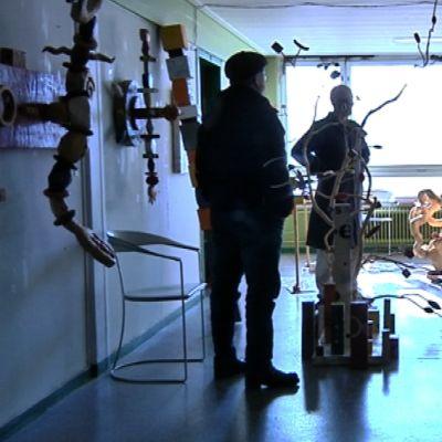 Kulttuurikasarmi toimii Oulussa vanhoissa puolustusvoimien tiloissa Hiukkavaarassa.