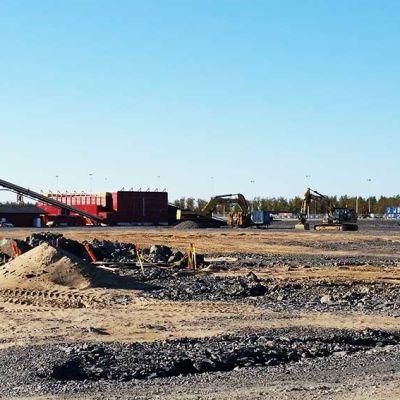 Raosin työmaa-alue Hanhikiven ydinvoimalatyömaalla 14.9.2016. Ruskon Betonin betoniasema.