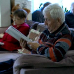 Vanhukset laulavat
