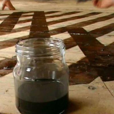 Uthusets golv