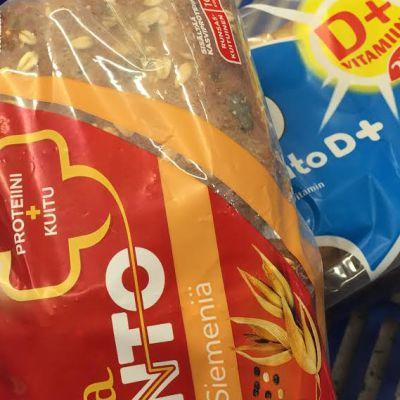 leipäpakkauksia