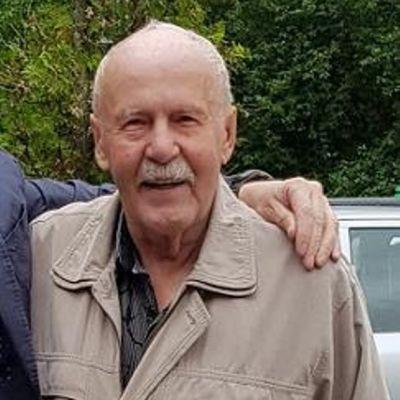 90-vuotias Erkki Koivisto kuvattuna heinäkuussa 2018