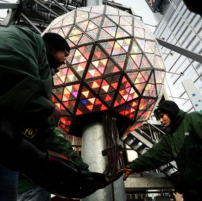 Den traditionella nyårsbollen på Times Square i New York.