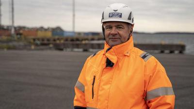 Anders Ahlvik i Koverhar hamn.