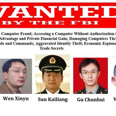 FBI:n 19. toukokuuta julkaisema kuva kiinalaisista sotilaista, joita se epäilee teollisuusvakoilusta.