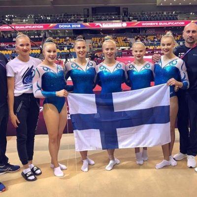 Suomen telinevoimistelun joukkue Qatarissa