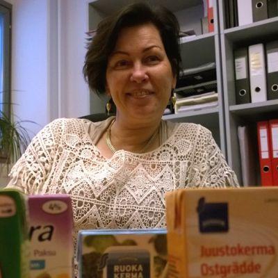 Turun yliopiston elintarvikekehityksen professori Anu Hopia.