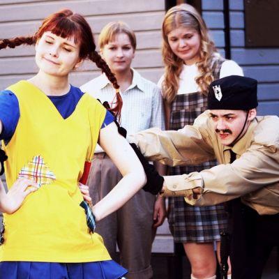 Peppi ja poliisit.