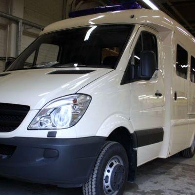 Thaimaan kuninkaalle valmistettuja ambulansseja