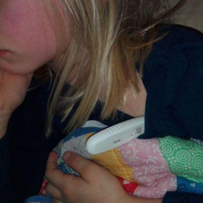 Lapsipotilas, influenssa, kuume, flunssa, tauti, sairas, sairaus, kuumemittari.