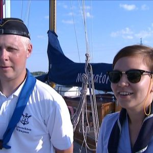 Skepparen Kalle Halme och Sjörådets ordförande Jessica West.
