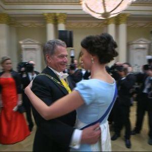 President Niinistö dansar med fru
