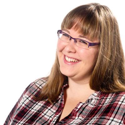 Hanna Othman är redaktör på Svenska Yle
