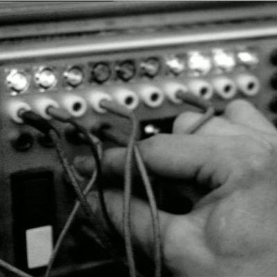 Elektronista laitteistoa