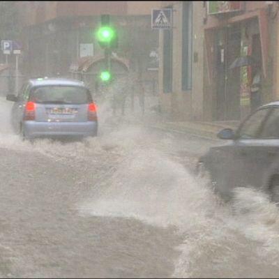 gatorna är översvämmade på Teneriffa