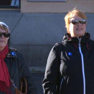 Lilian Söderman och Britten Nylund gillar inte ljudlösa trafikljus.