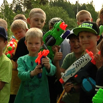 Eleverna i Norra Paipis skola ser fram emot vattenkrig
