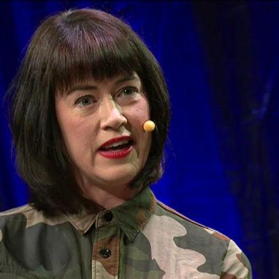 Linda Boström Knausgård Helsinki Lit -kirjallisuusfestivaaleilla
