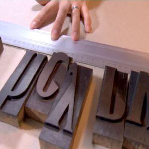 Mät ut uttrymmet bokstäverna skall täcka.