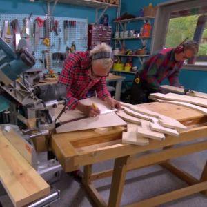 Jim och Johan gör gjutform för delar till ugnen