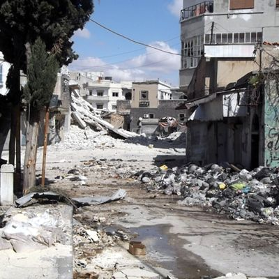 Våldet fortsätter i nedbombat Homs