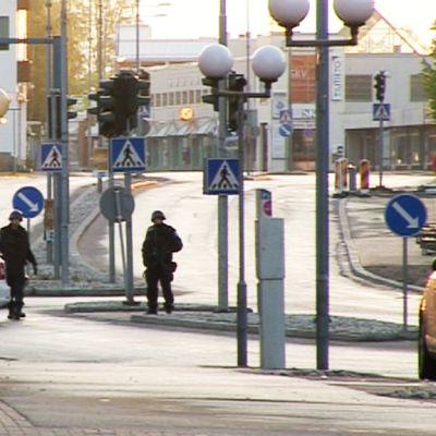 Polisen spärrade av centrum