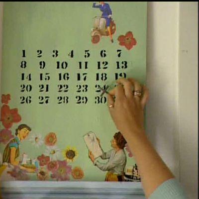Väggkalender i trä