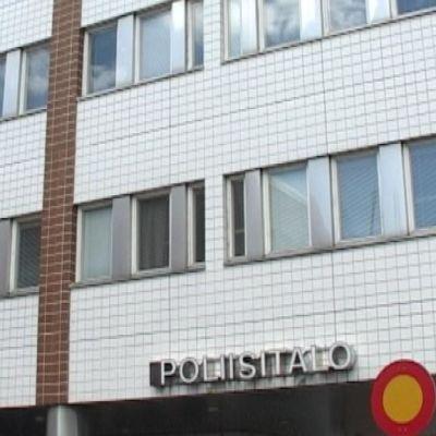 Oulun poliisitalo.