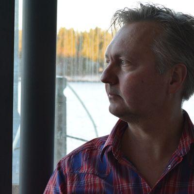 Dokumenttiohjaaja Markku Heikkinen.