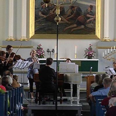 Kirkkokonsertin muusikoita