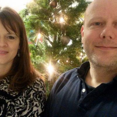 Robyn McGuire ja Jukka Ahola viettävät suomalais-amerikkalaista joulua Oulussa.