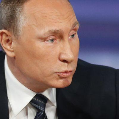 Vladimir Putin elehtii.