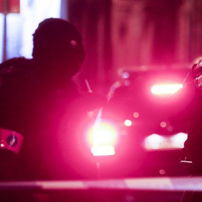 Belgialaisia turvallisuusjoukkoja kadulla Brysselissä.