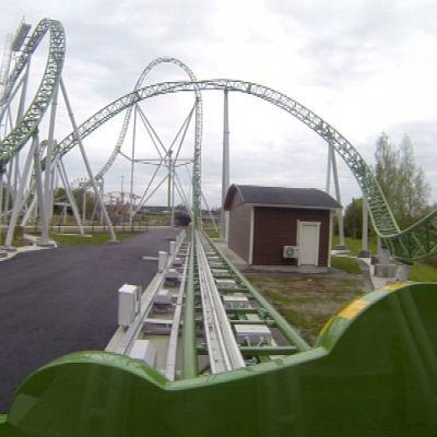 Kuva Alahärmän Powerparkin uusimmasta vuoristoradasta