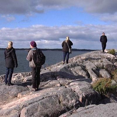 Kirkkonummen Porkkalanniemen kärjessä on kallioinen ulkoilualue.