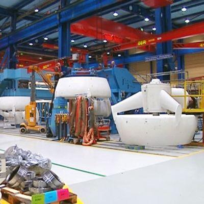 Rolls-Roycen Rauman yksikön tehdashalli joulukuussa 2012.