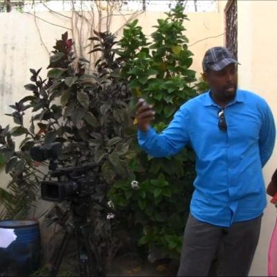 Wali Hashi kouluttaa toimittajia Somaliassa